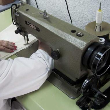La Confianza - Máquina de coser